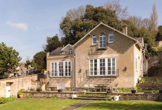4 Bedrooms Detached House for sale in Bathwick Hill, Bath, BA2