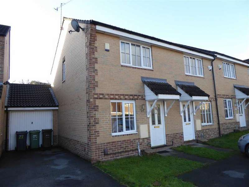 2 Bedrooms Town House for sale in Pitchtstone Court, Farnley, Leeds, West Yorkshire, LS12