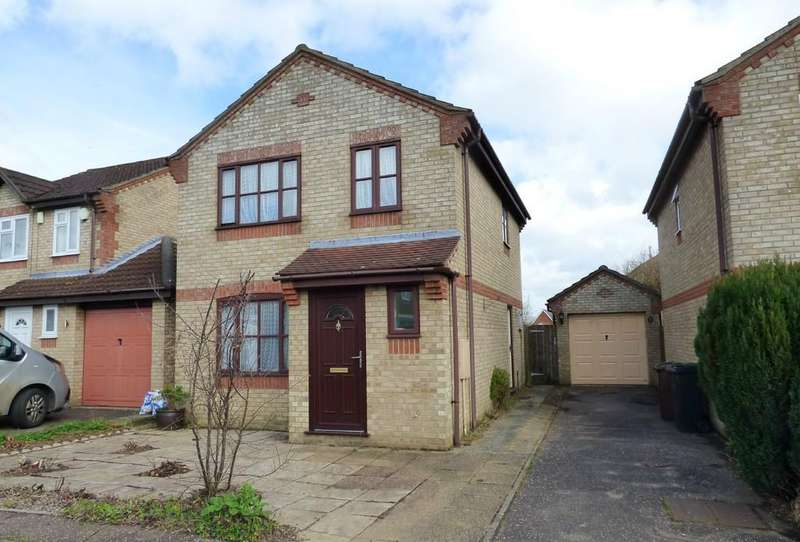3 Bedrooms Detached House for sale in Richmond Road, Long Stratton