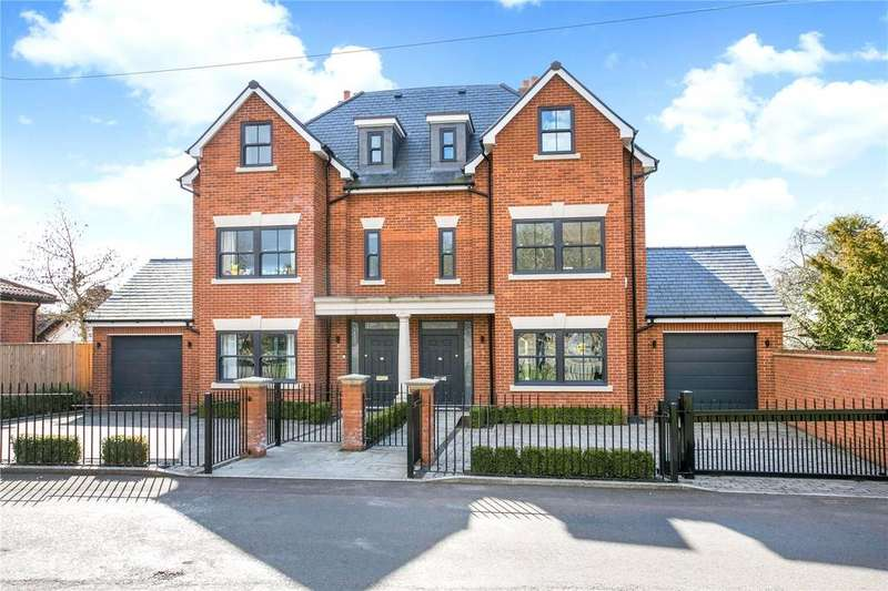 4 Bedrooms Semi Detached House for sale in Stag House, Hawthorn Lane, Farnham Common, SL2