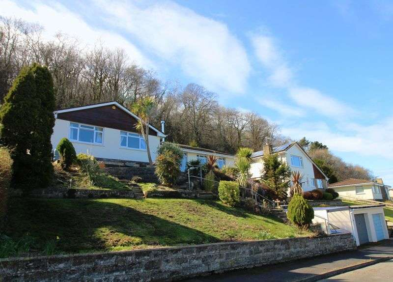 3 Bedrooms Property for sale in Cairnside, Ilfracombe