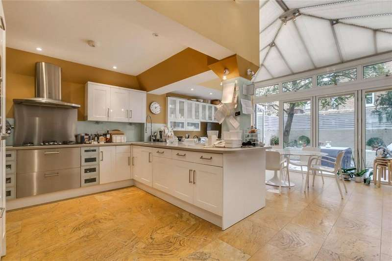 6 Bedrooms Terraced House for sale in Chesilton Road, Parsons Green