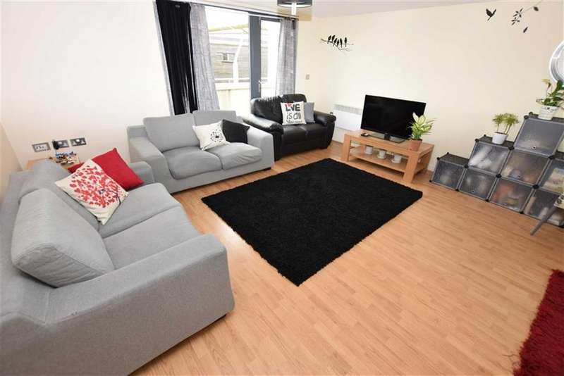 2 Bedrooms Apartment Flat for sale in Life Building, Hulme, Manchester, M15