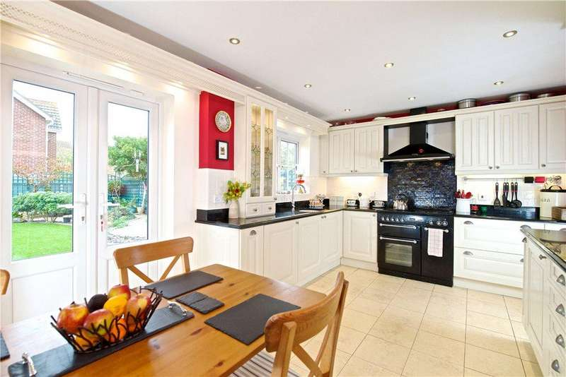 4 Bedrooms Detached House for sale in Longborns, Cranfield, Bedfordshire