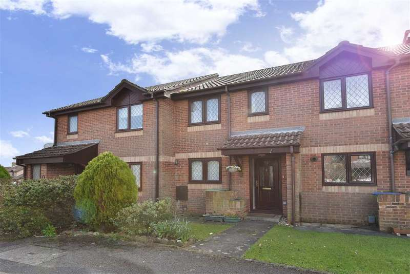 2 Bedrooms Terraced House for sale in LAMBOURNE DRIVE, LOCKS HEATH