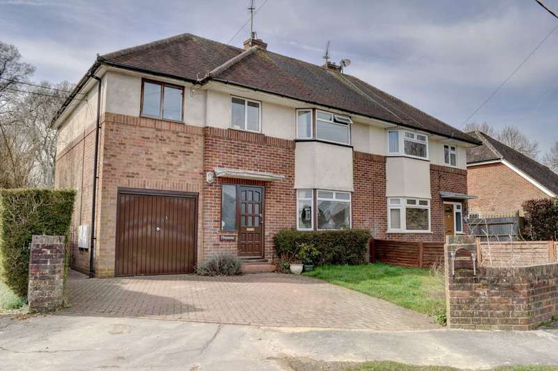 4 Bedrooms Semi Detached House for sale in Purssells Meadow, Naphill
