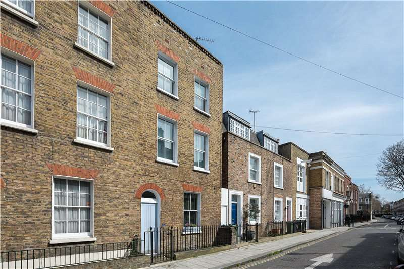 3 Bedrooms End Of Terrace House for sale in Cleaver Street, Kennington, London, SE11