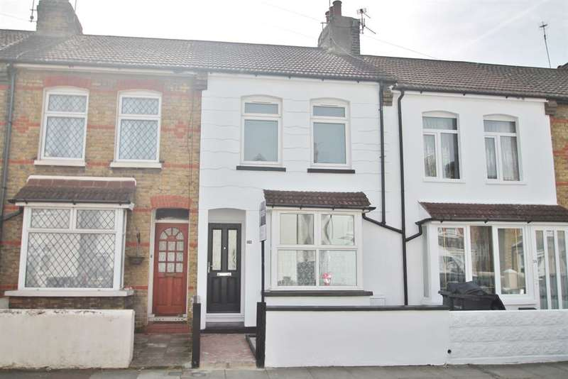 3 Bedrooms Terraced House for sale in Northcote Road, Gravesend, DA11 7BS