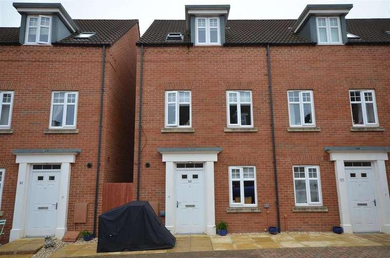 3 Bedrooms End Of Terrace House for sale in Collett Road, Norton Fitzwarren, Taunton