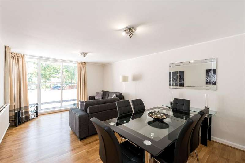 2 Bedrooms Flat for sale in Adamson Road, London
