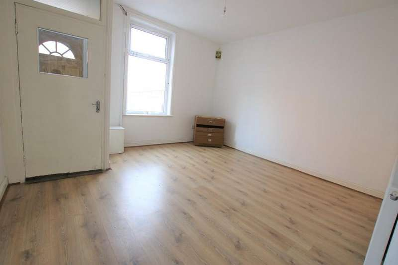 2 Bedrooms Terraced House for sale in Cheetham Street, Blackburn