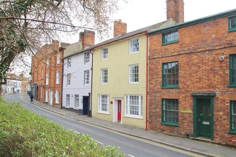 5 Bedrooms Property for sale in Cross Keys House, 21 West Street, Buckingham