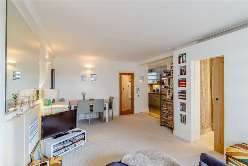 1 Bedroom Apartment Flat for sale in Lichfield Court, Richmond