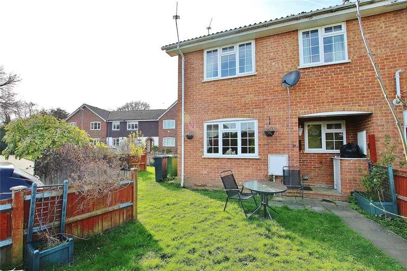 2 Bedrooms End Of Terrace House for sale in Kingcup Drive, Bisley, Woking, Surrey, GU24