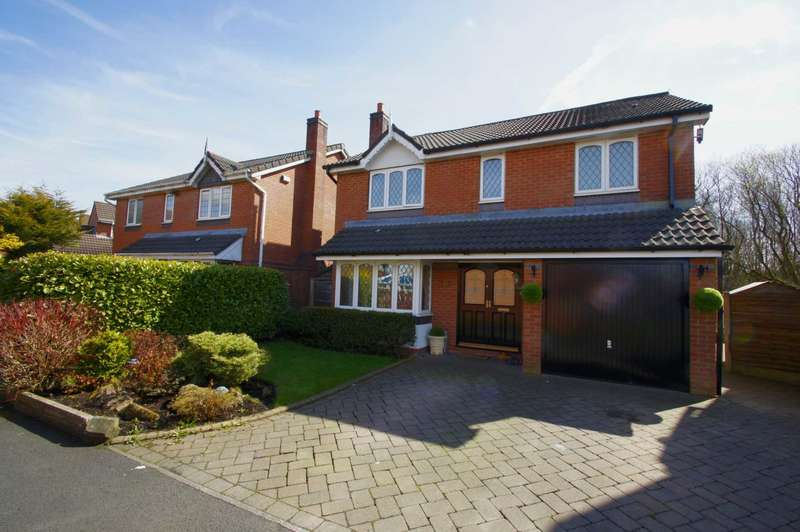 4 Bedrooms Detached House for sale in Rotherhead Close, Horwich