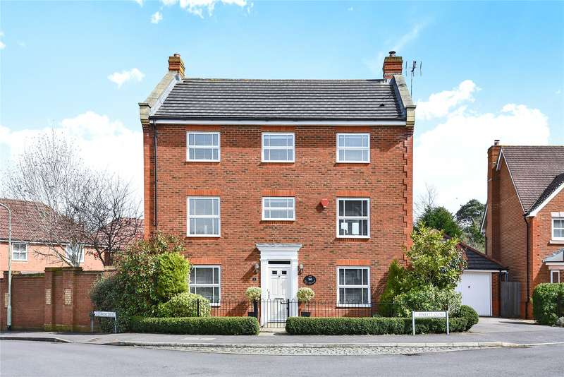 4 Bedrooms Detached House for sale in Mabett Close, Arborfield, Reading, Berkshire, RG2