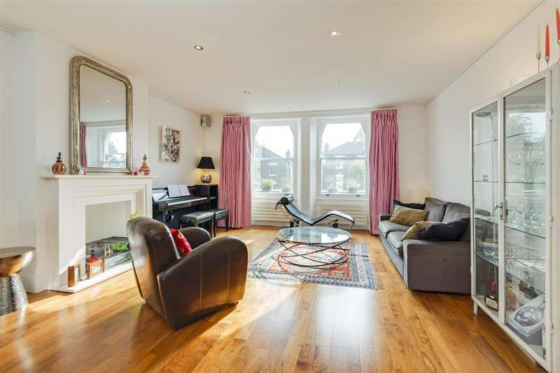 4 Bedrooms Flat for sale in Thurlow Road, Hampstead, NW3