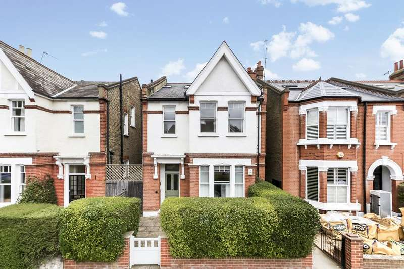 2 Bedrooms Flat for sale in Home Park Road, London SW19