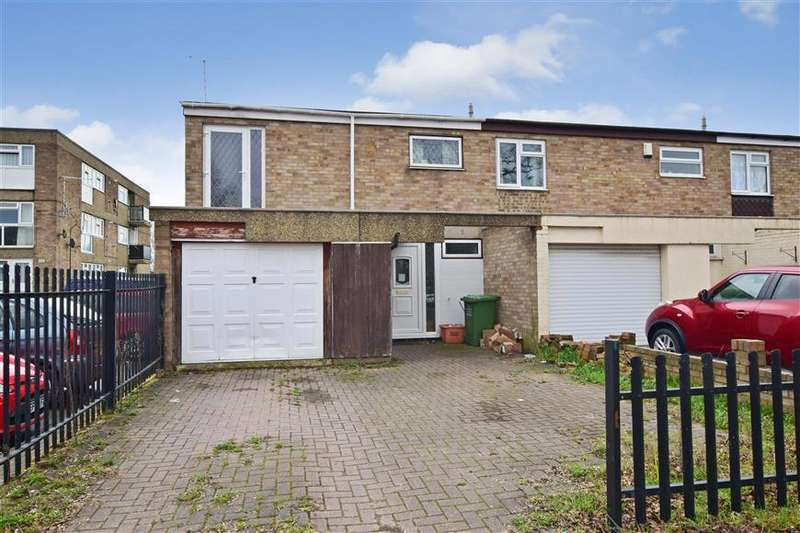 3 Bedrooms Terraced House for sale in Lynstede, Basildon, Essex