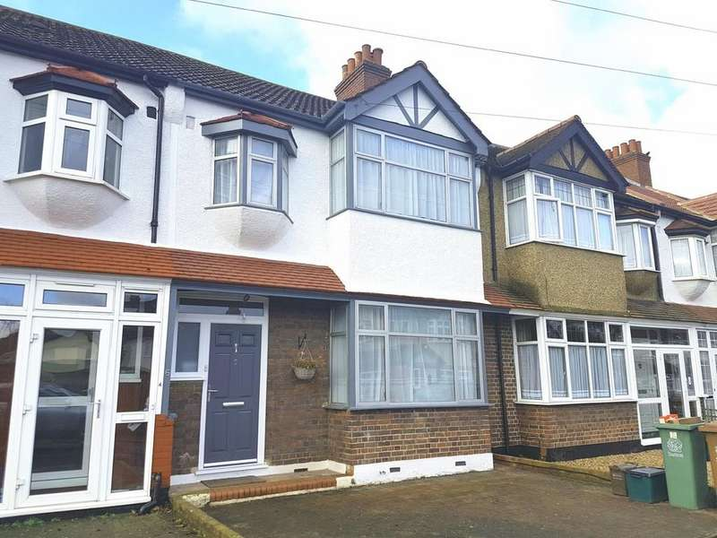 3 Bedrooms Terraced House for sale in Gomshall Avenue, Wallington.