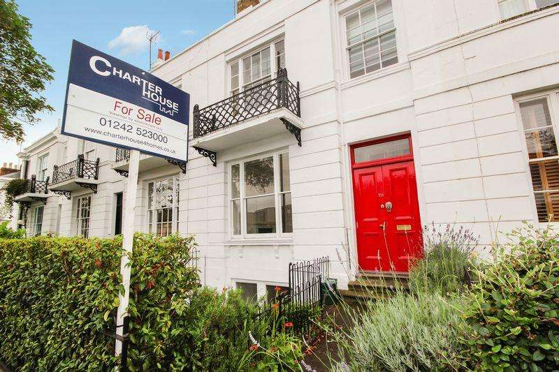4 Bedrooms Terraced House for sale in Andover Road, Cheltenham