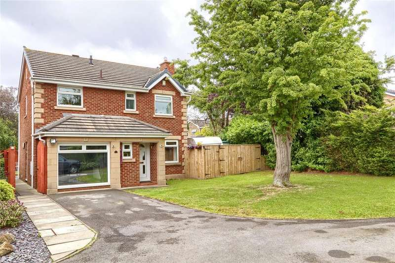 4 Bedrooms Detached House for sale in Saint Ives Close, Tollesby Hall
