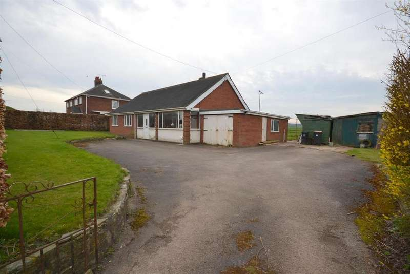 3 Bedrooms Detached Bungalow for sale in Castle Lane, Madeley, Crewe
