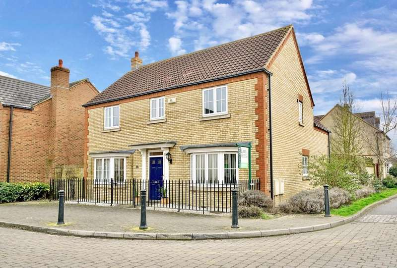 4 Bedrooms Detached House for sale in Woodpecker Way, Sandy