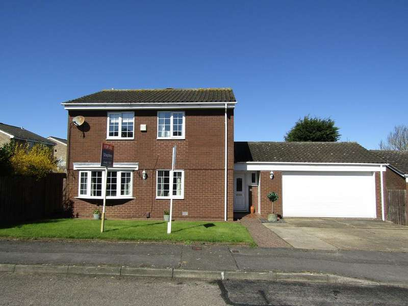 4 Bedrooms Detached House for sale in Blackmore, Letchworth Garden City SG6