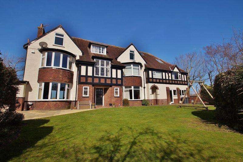 8 Bedrooms Detached House for sale in Beach Priory Gardens, Birkdale