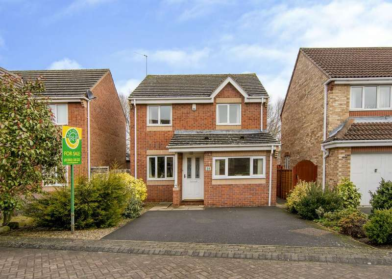 3 Bedrooms Detached House for sale in Langsett Court, Lakeside, Doncaster
