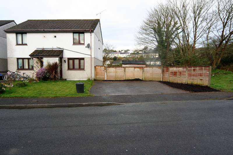 2 Bedrooms House for sale in St Blazey, Par, Cornwall