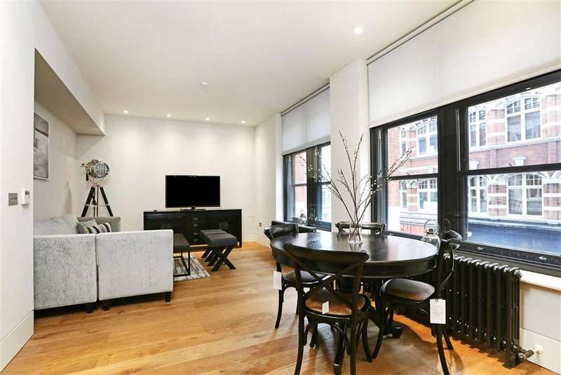3 Bedrooms Apartment Flat for rent in Wardour Street, Soho, London, W1F