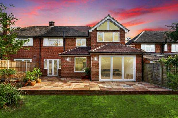 4 Bedrooms Semi Detached House for sale in Wavell Road, Maidenhead, SL6
