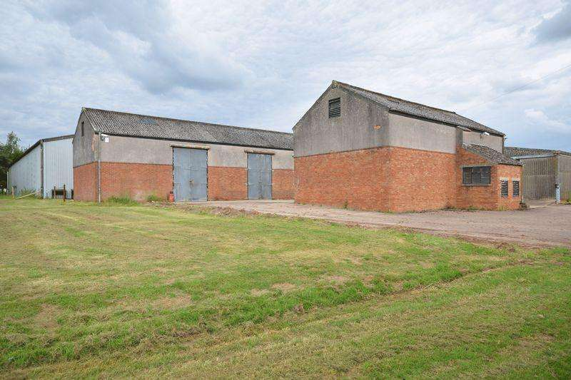 6 Bedrooms Detached House for sale in TWO FORMER COLD STORES, HUNTLEY