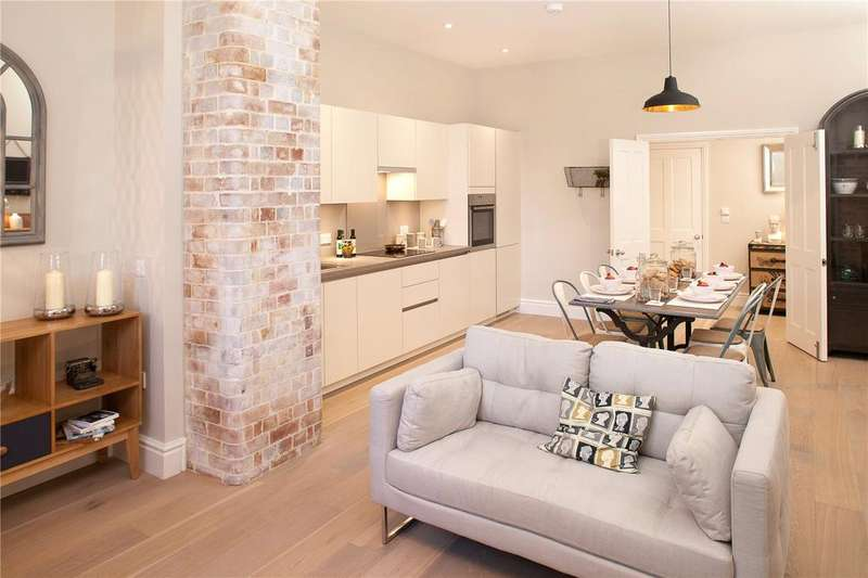 2 Bedrooms Unique Property for sale in 7-B1 The General, Guinea Street, Bristol, BS1