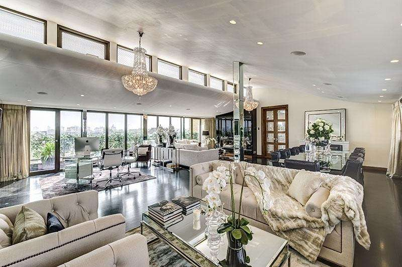 3 Bedrooms Flat for sale in Harrington Road, South Kensington