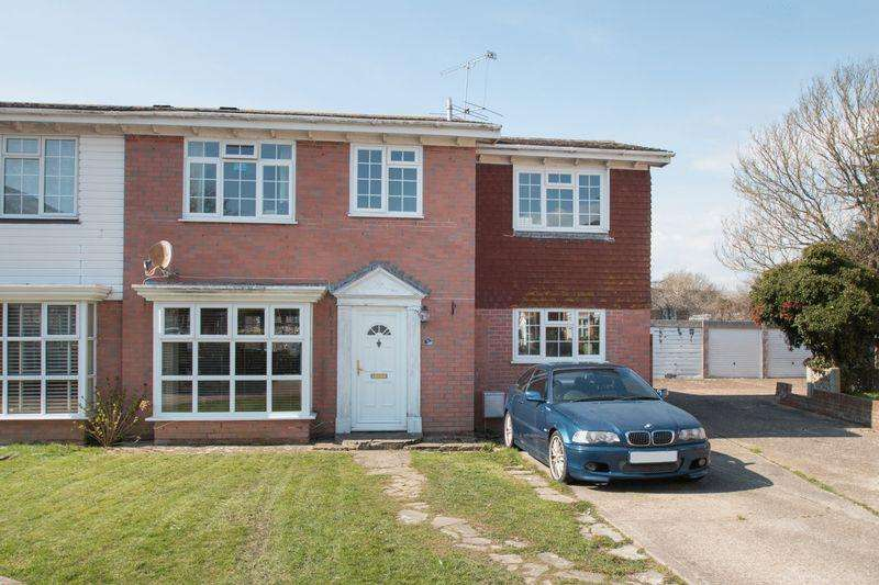 4 Bedrooms Semi Detached House for sale in Pinewood Gardens, Bognor Regis