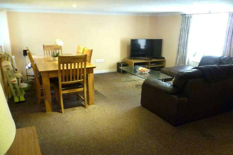 2 Bedrooms Semi Detached House for sale in High Street, Auchterarder, PH3