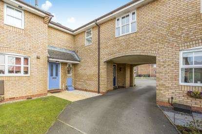 1 Bedroom Flat for sale in Holcot Court, The Shires, Winsford, Cheshire