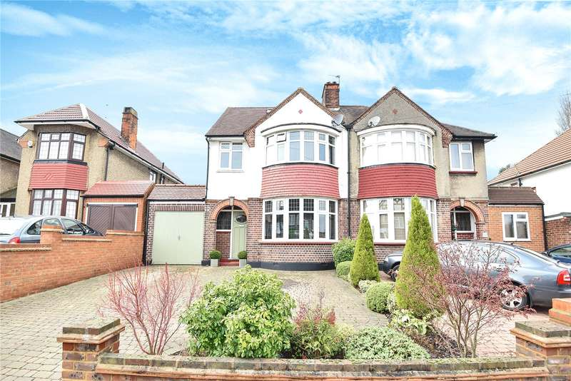 4 Bedrooms Semi Detached House for sale in Cannon Lane, Pinner, HA5