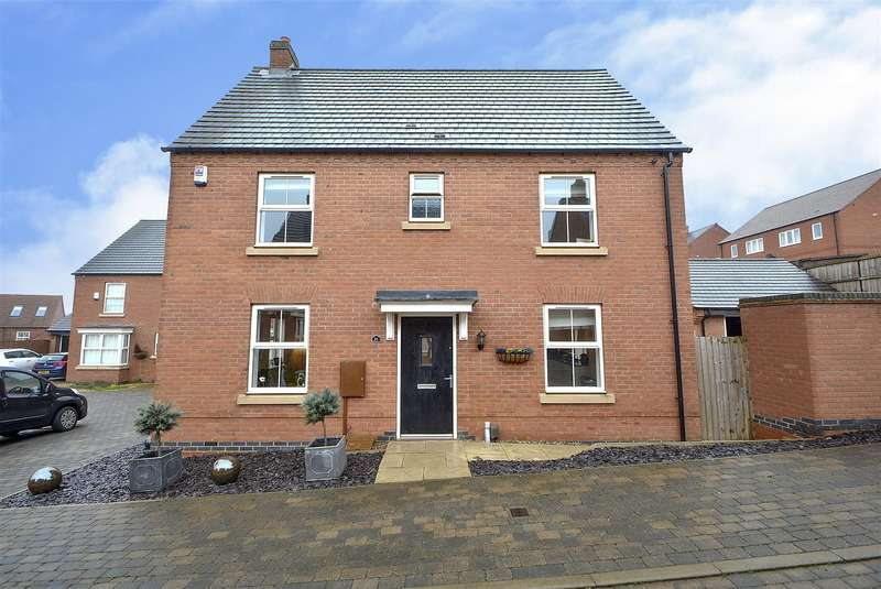3 Bedrooms Detached House for sale in Bentley Road, Castle Donington