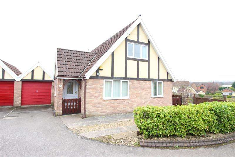 3 Bedrooms Bungalow for sale in Cornfield Rise, Bedwas, Caerphilly