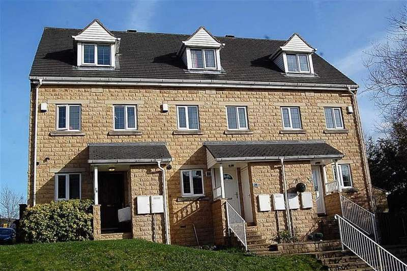 3 Bedrooms Town House for sale in Range Bank, Boothtown, Halifax, HX3