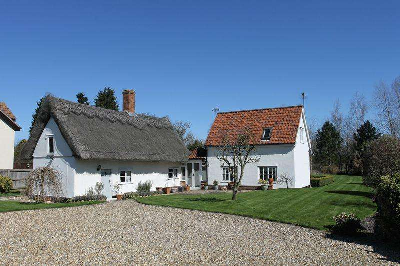 2 Bedrooms House for sale in Moats Tye, Stowmarket