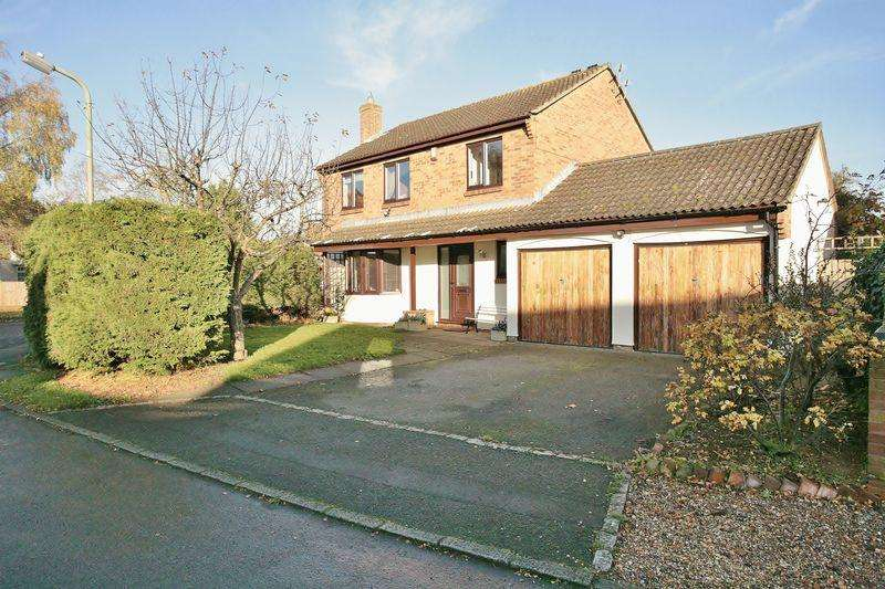 4 Bedrooms Detached House for sale in Alfriston Place, Banbury
