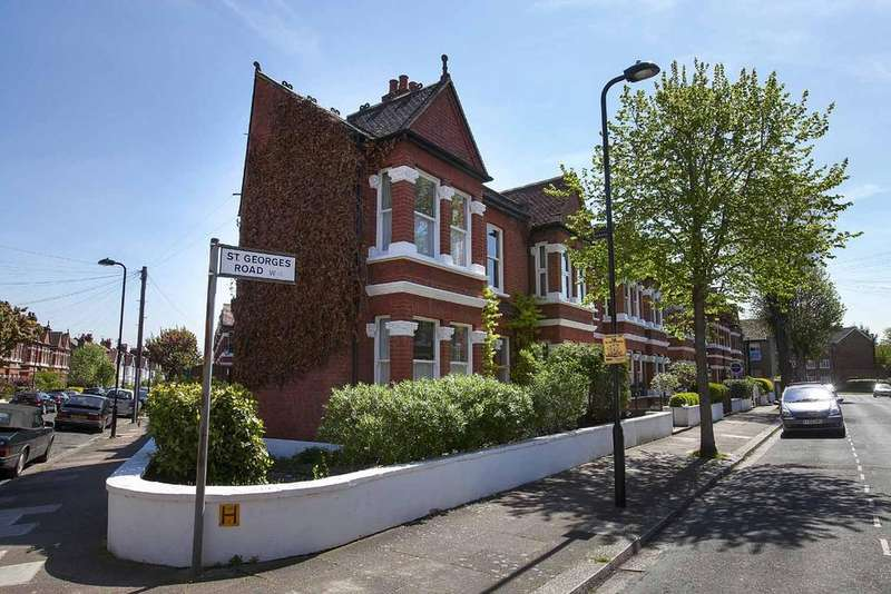 3 Bedrooms House for sale in St. Georges Road, London