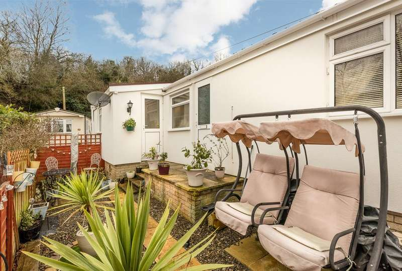 1 Bedroom Park Home Mobile Home for sale in The Glen, Blackwell, Bromsgrove B60
