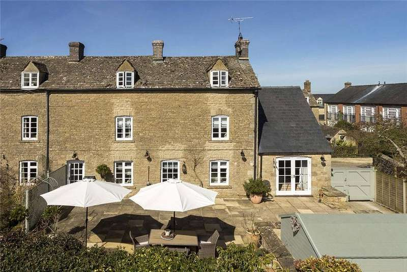 4 Bedrooms Semi Detached House for sale in Oddfellows Row, Well Lane, Stow on the Wold, Cheltenham, GL54