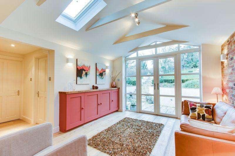 4 Bedrooms Detached House for sale in Shiplate Road, Bleadon Village